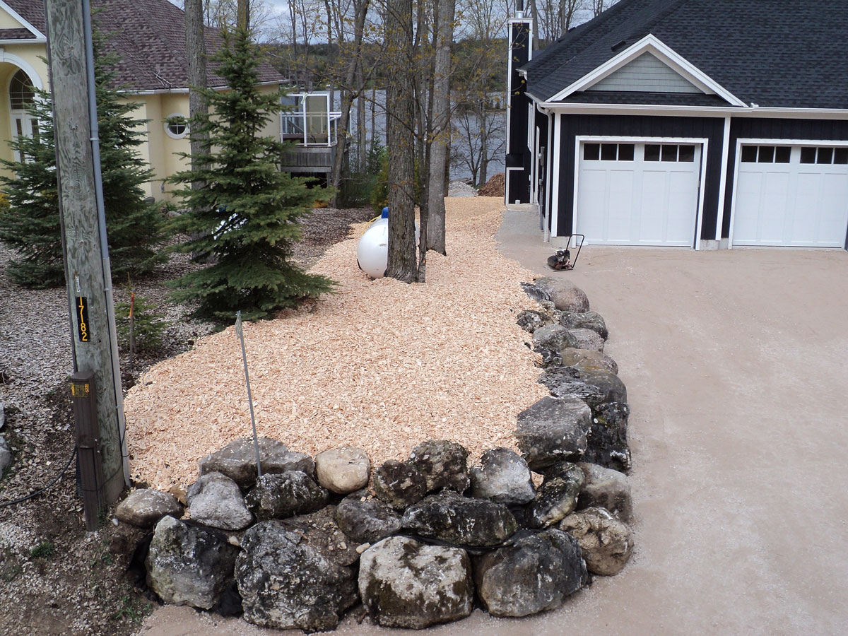 Field Stone Retaining Wall